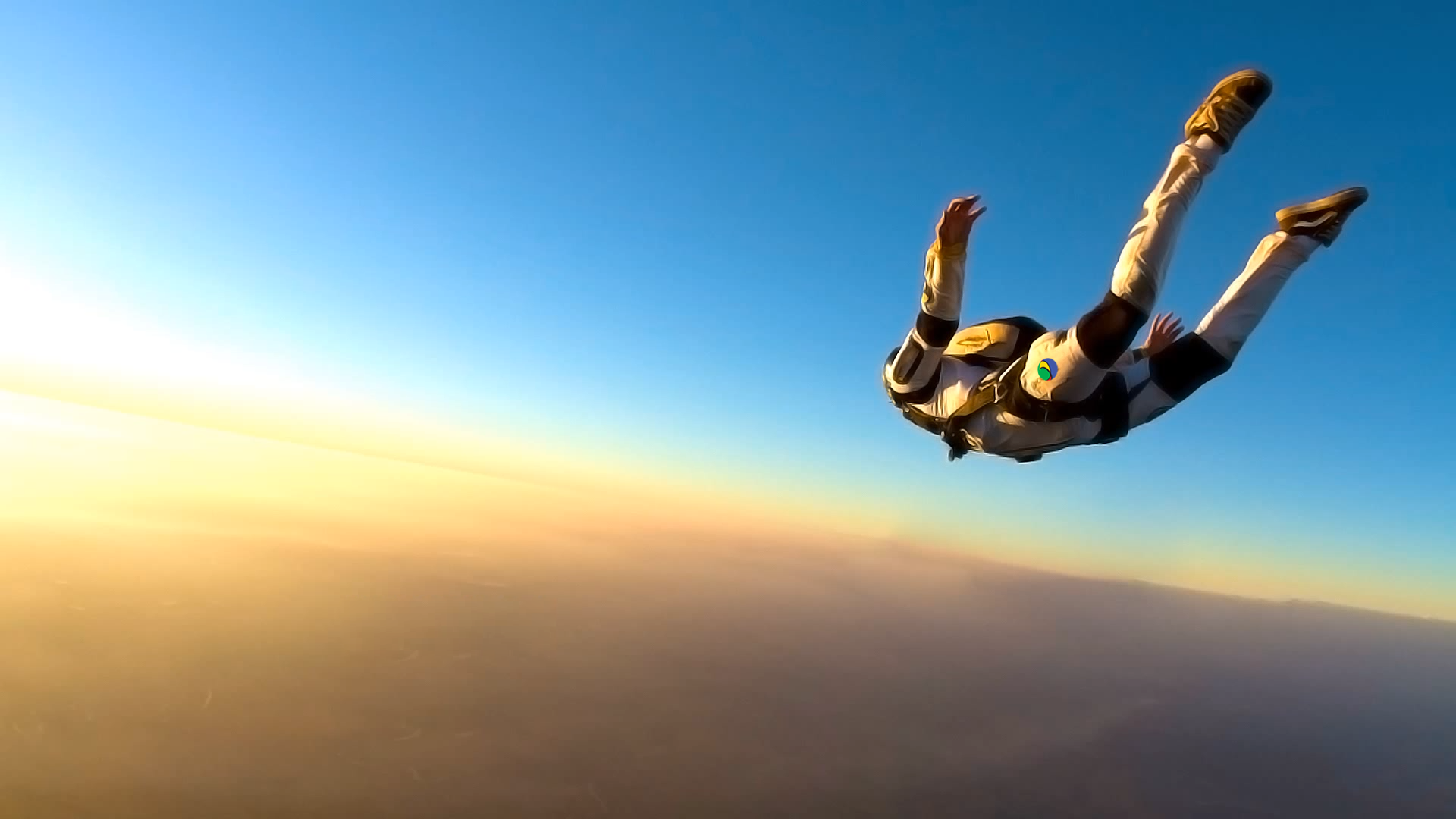 2013_12_Cool-Skydiver-Wallpaper